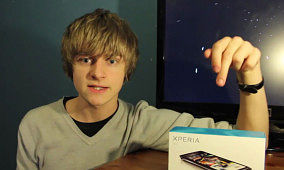 Sam Caplat – Xperia Arc Unboxing – XDA TV