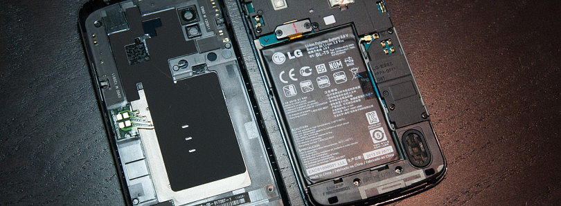 Nexus 4 Battery Shot Reveals Potential Quality Issues