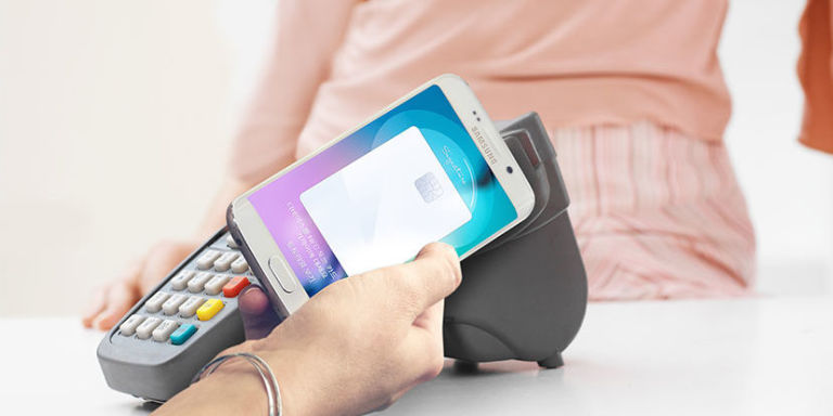 Samsung Pay MST being swiped on card machine