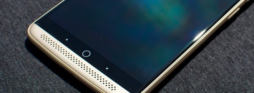ZTE Axon First Look and Photos: Great Value Stained by Not-So-Great Software