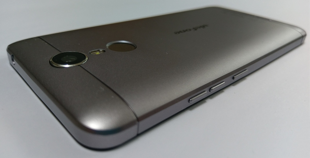 Ulefone Metal Rear Image