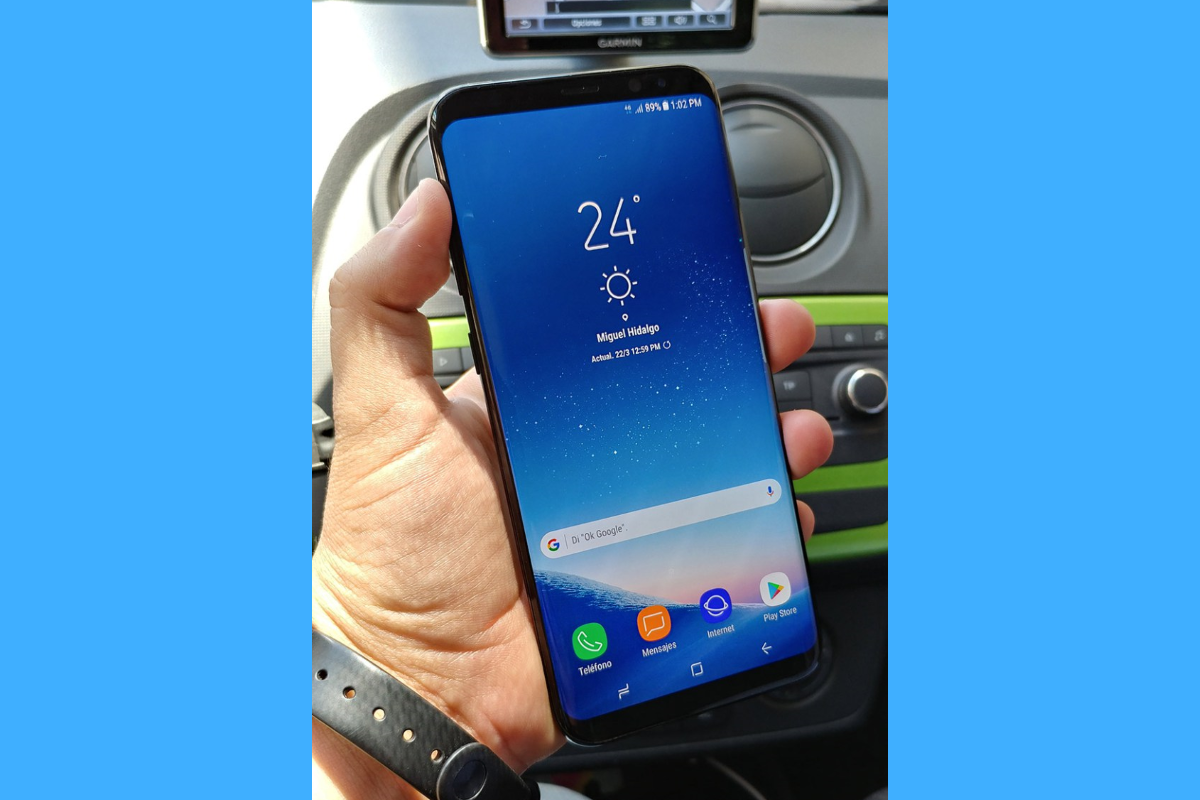 Samsung Galaxy S8 Plus Leaks in Hi-Res Live Images