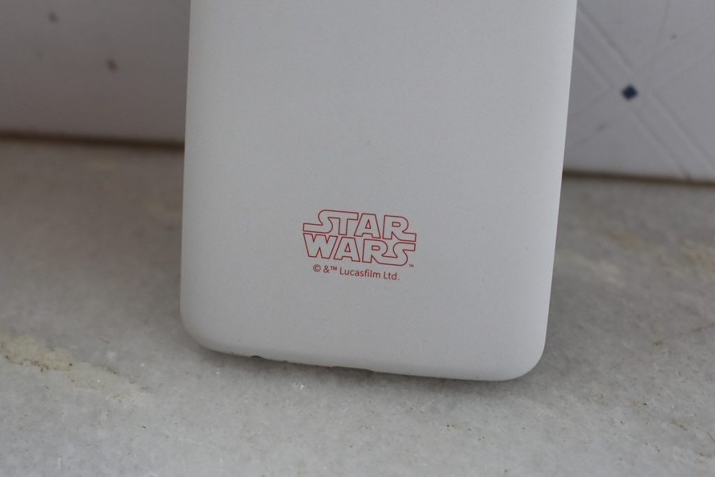 Download The Official Star Wars The Last Jedi Wallpapers From The Oneplus 5t Star Wars Edition