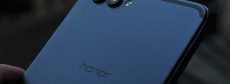 """Honor V10 Getting """"Party Mode"""" to Connect Phones via NFC for Simultaneous Music Playback"""