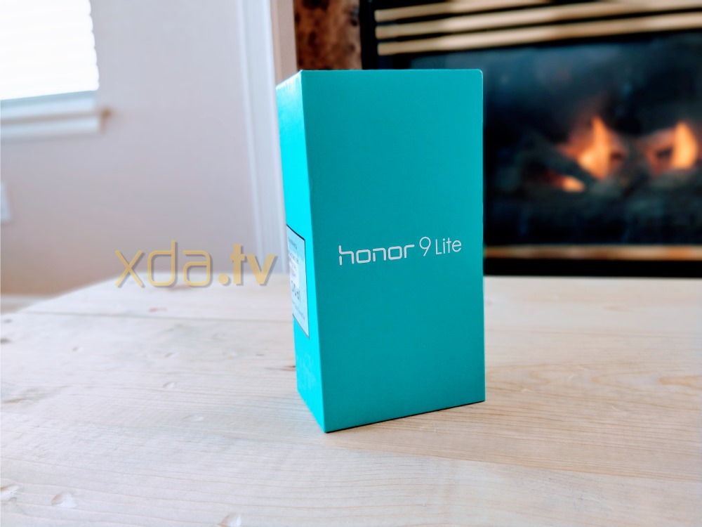 Honor 9 Lite Unboxing and First Impressions
