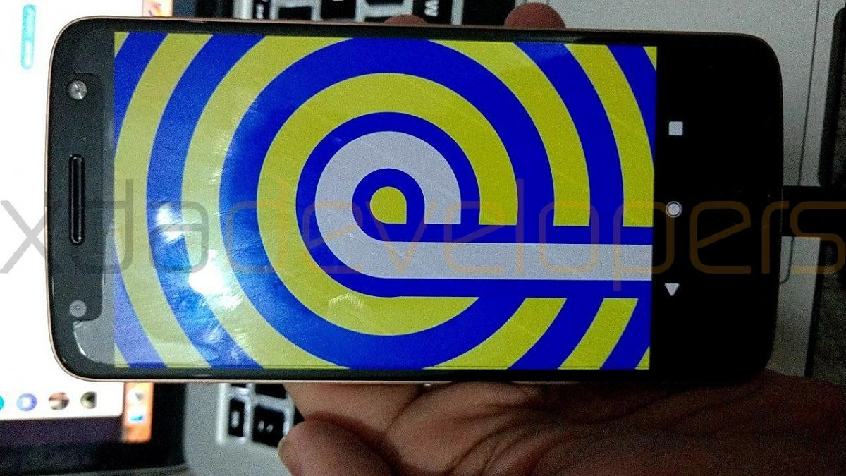 Download Android P Ported Unofficially To The Motorola Moto Z