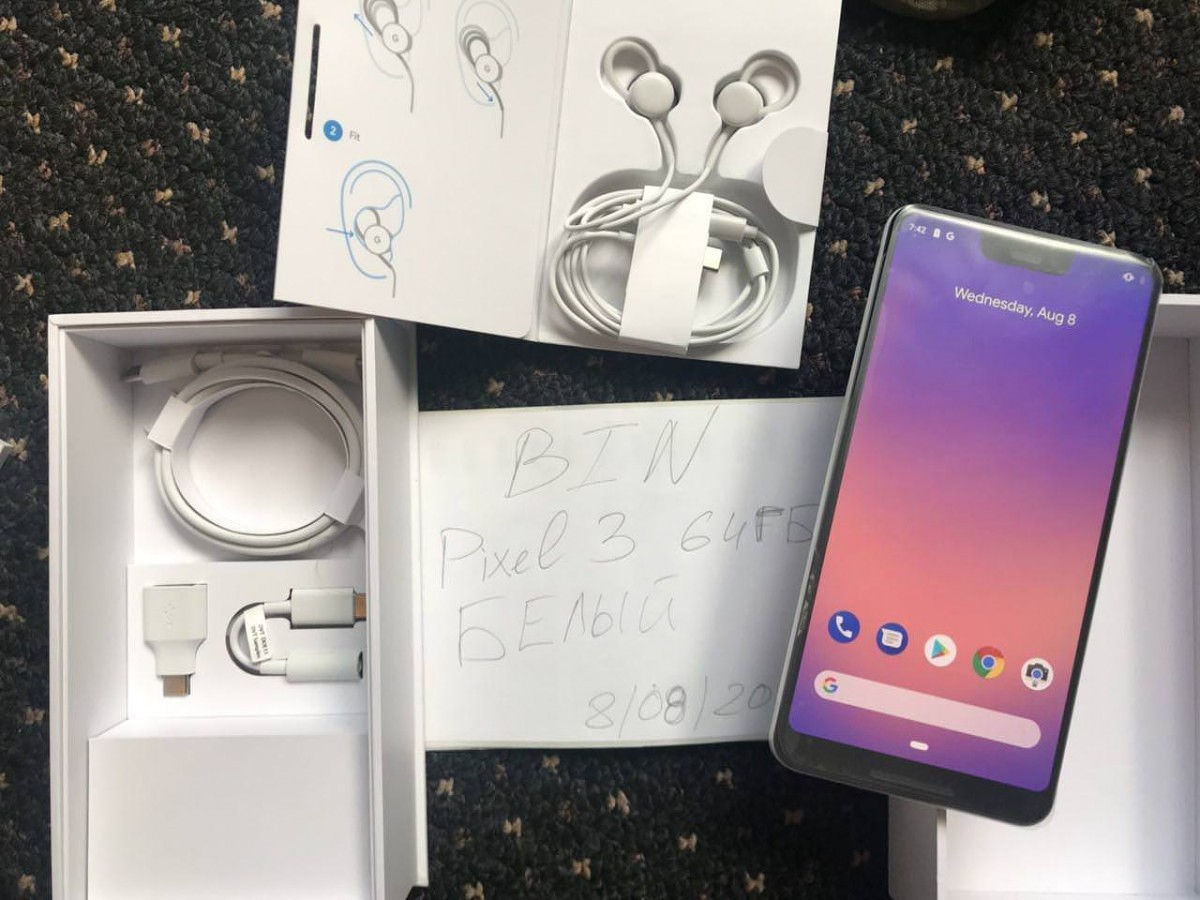 Google Pixel 3 XL Clearly White leaks in new unboxing video