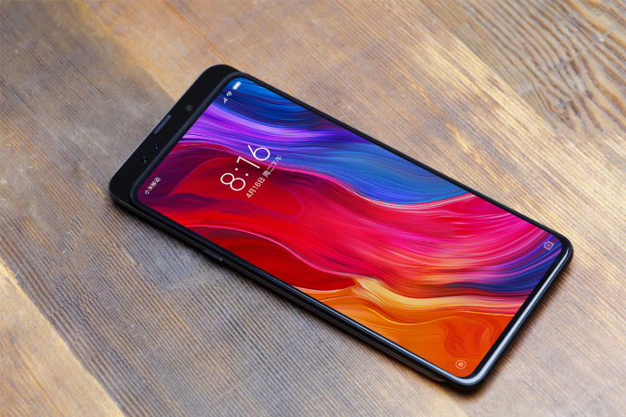 Xiaomi's President gives us the first look at Xiaomi Mi Mix 3