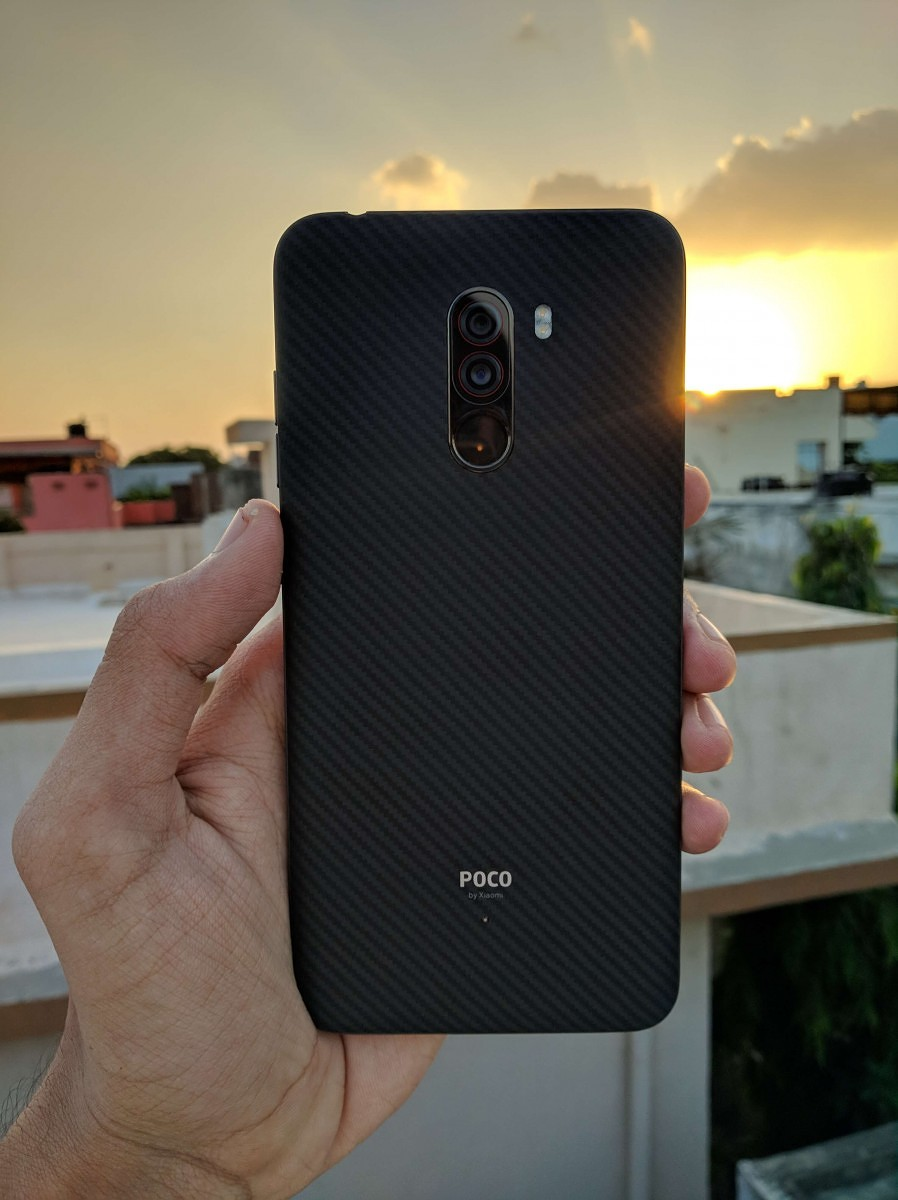 Xiaomi Poco F1 Design Display Speed And Smoothness Review Custom Circuit Board Plastic Case For Iphone 5c Diy Not The Toughest Out There But Still Its Good To Know Theres Some Level Of Protection On Notch Holds An Array