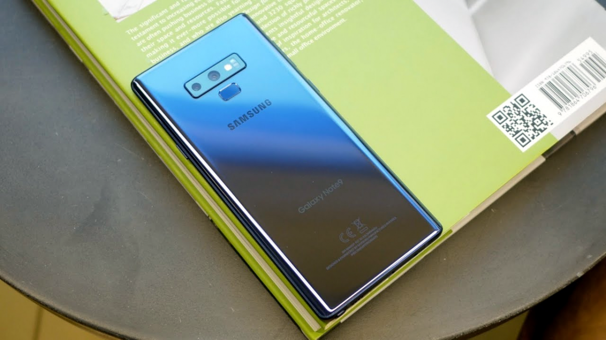 Samsung Galaxy Note 9 updated with Night mode schedule, better selfie