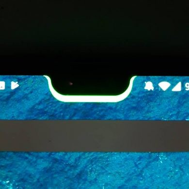 Make the Huawei P20/OnePlus 6's notch useful with Notch Battery Bar