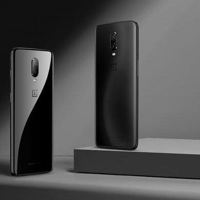 The OnePlus 6T is Available Now
