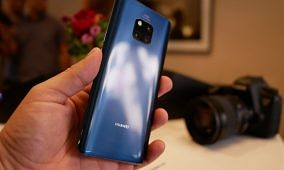 Huawei Mate 20 Pro owners are receiving EMUI 10 update based on Android 10