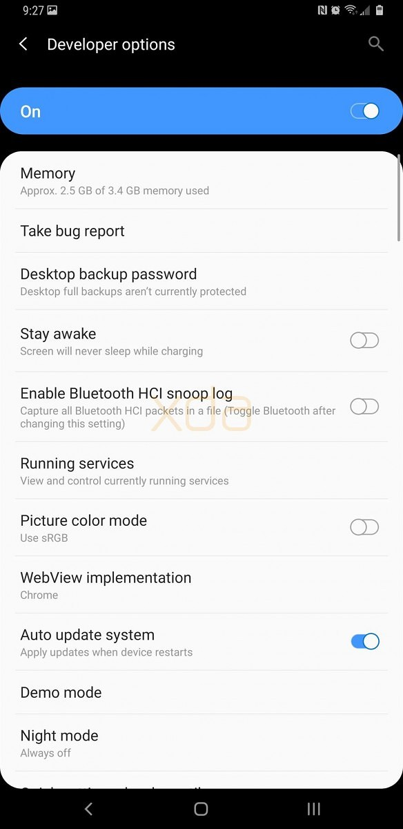 Samsung Experience 10's Night Mode on the leaked Android Pie build for the Samsung Galaxy S9