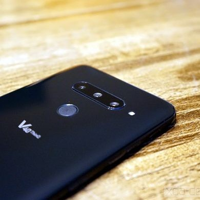 AT&T rolls out the Android 10 update to the LG V40 ThinQ