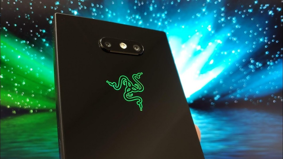 Logo+ is an open source version of the Chroma app on the Razer Phone 2