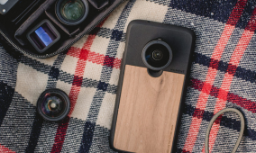 Moment is launching photography case lenses for the OnePlus 6 and OnePlus 6T