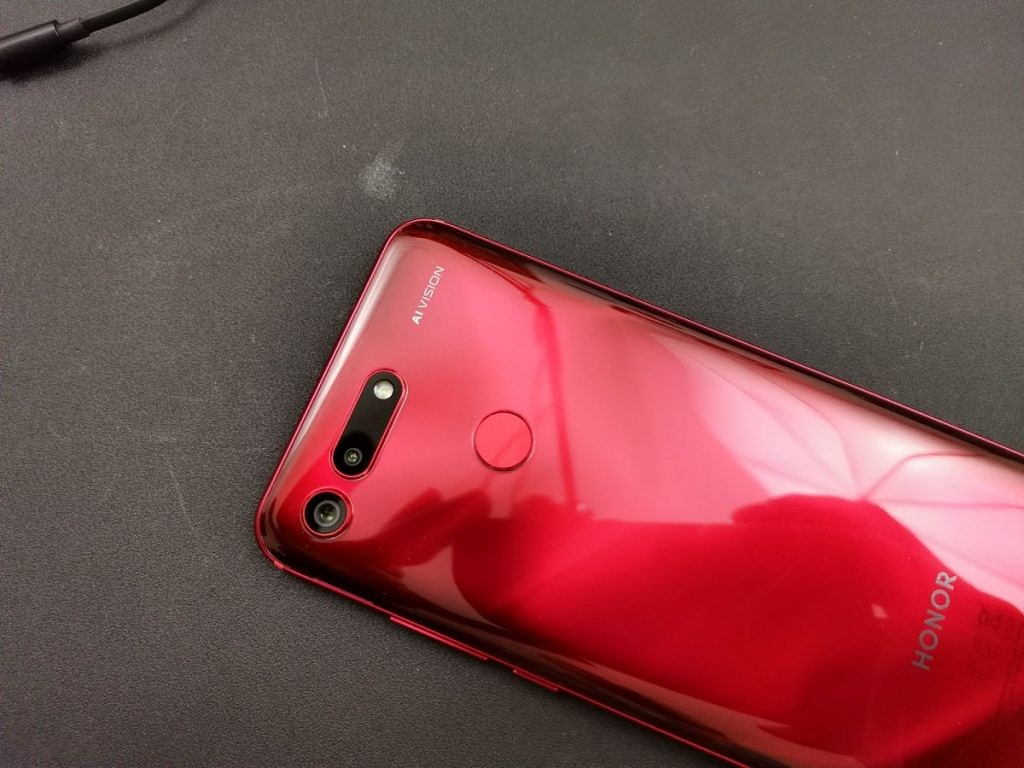 Honor View 20 Phantom Red