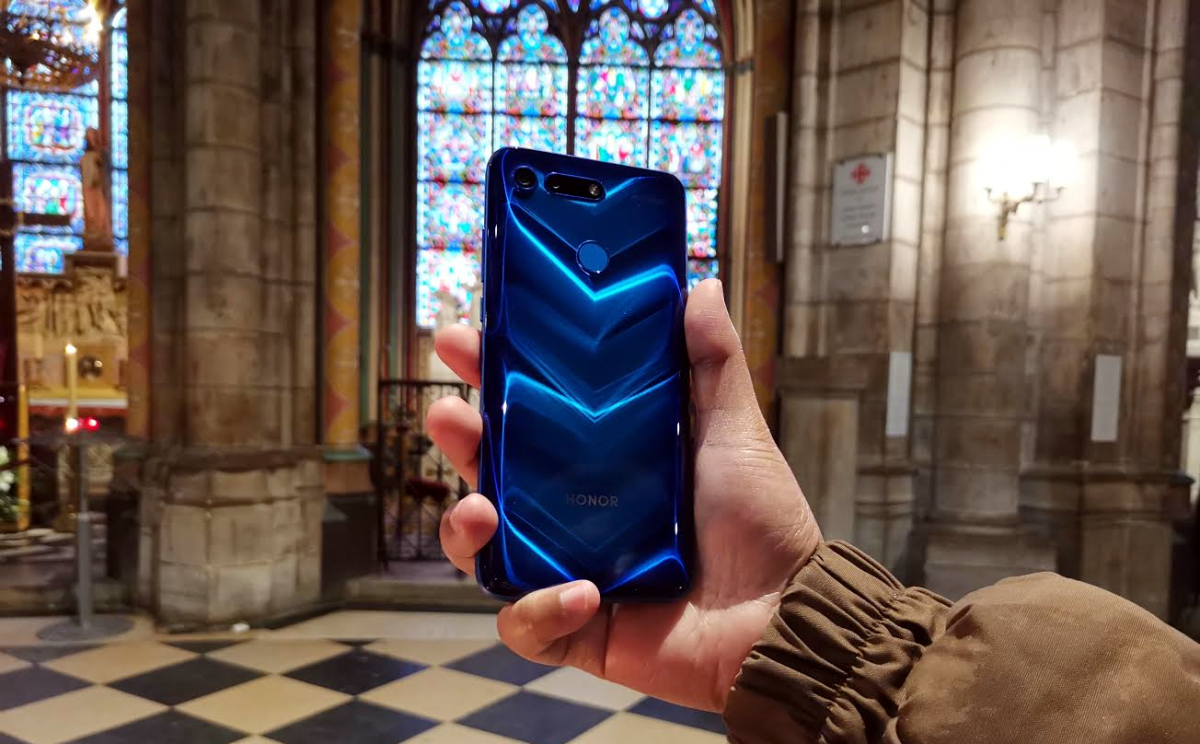 QnA VBage Honor View20 Review: The First Flagship Smartphone with a 48MP Camera
