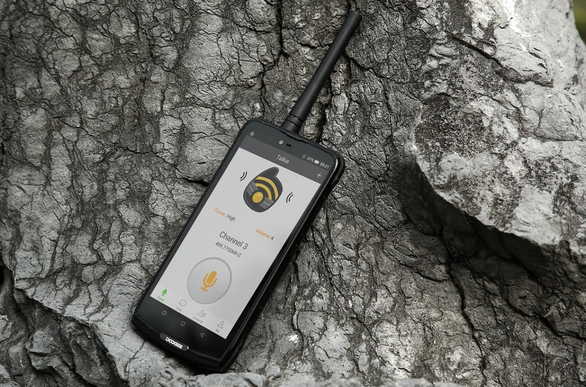 DOOGEE Launches Kickstarter for Digital Walkie-talkie Module for the