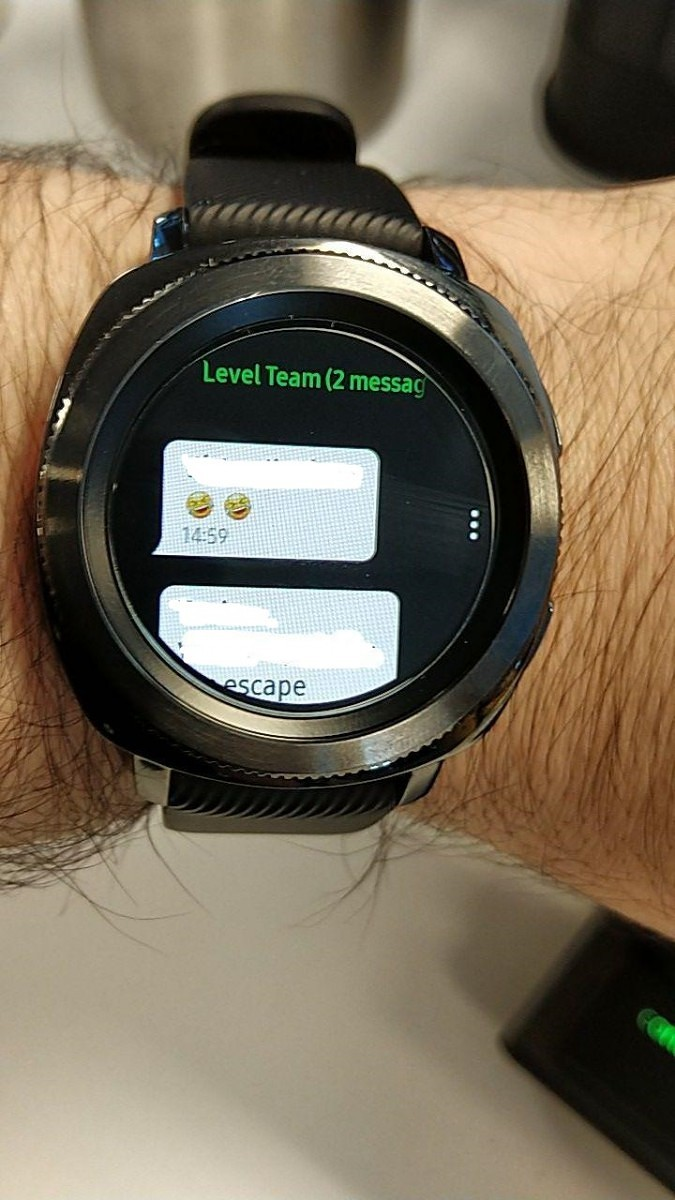 Samsung is rolling out Tizen 4 to the Samsung Gear S3 and