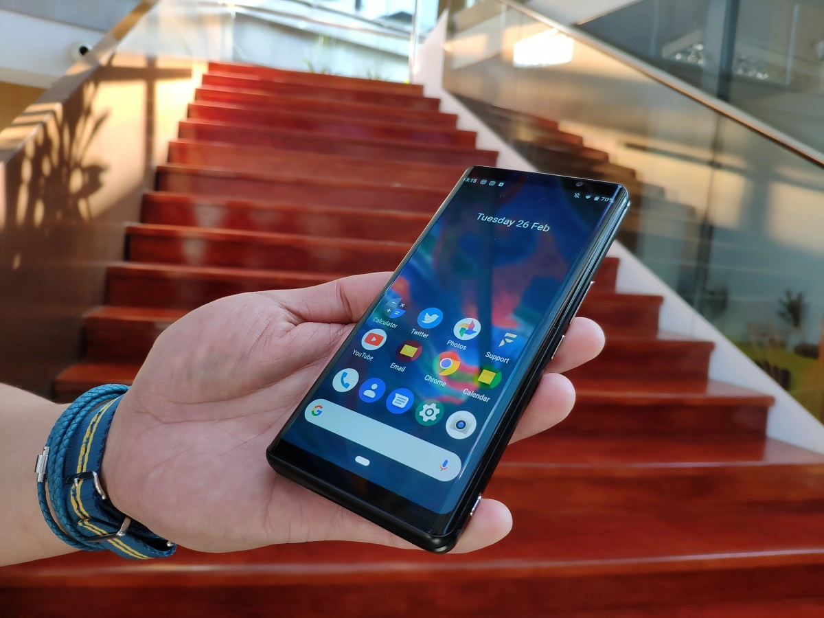c3d2eb136c2 I got to meet the team and get hands-on time with the device to gather my  thoughts on it. Meet the F(x)tec Pro 1, a slider phone with a QWERTY  keyboard that ...
