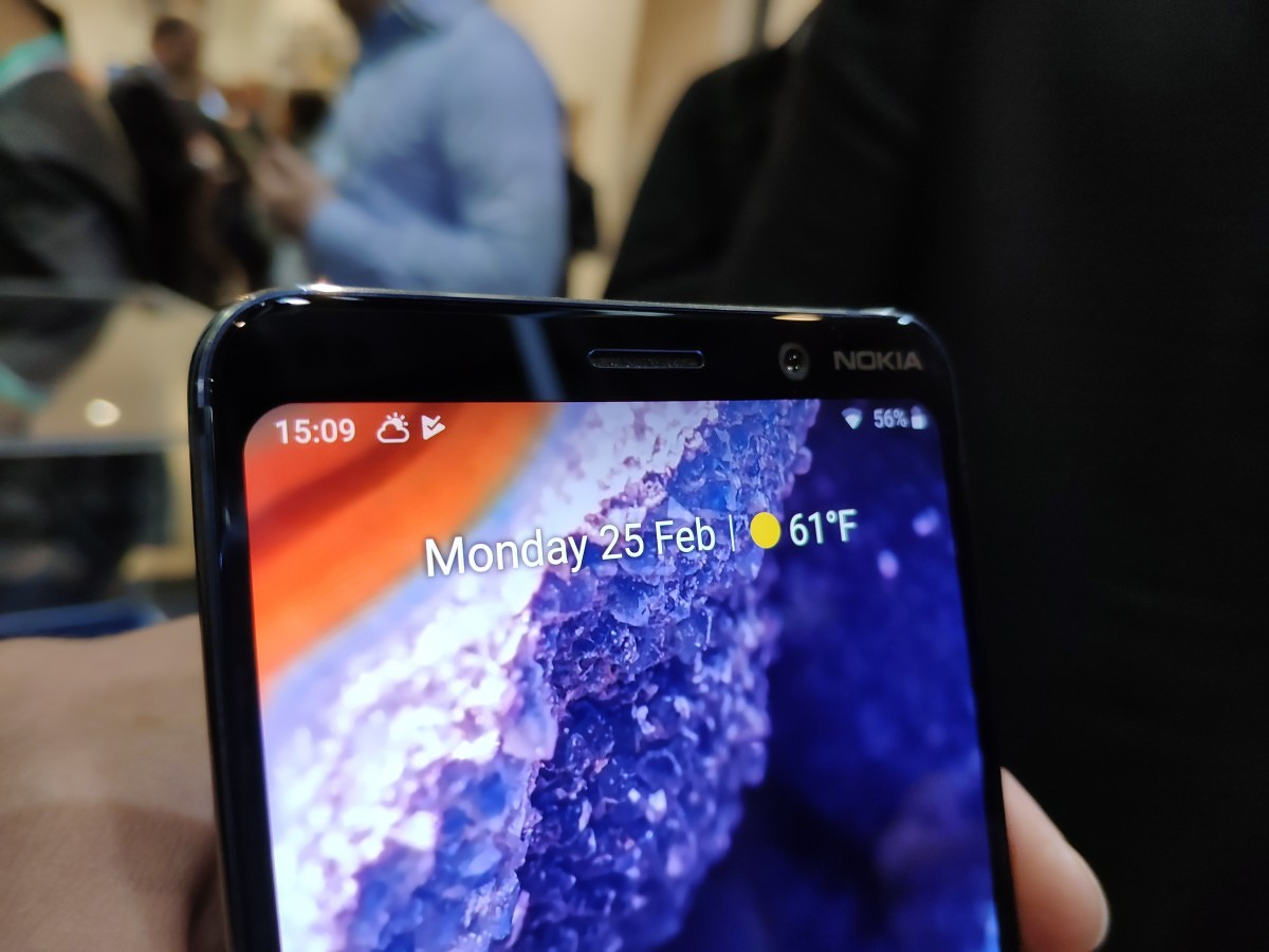 Hands-on with the Nokia 9 PureView: A breath of fresh air