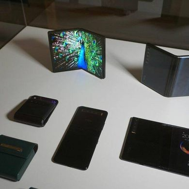 TCL unveils the Alcatel 3, 3L, 1S, and low-cost foldable displays
