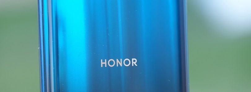 Huawei reportedly looking to sell part of Honor's smartphone business