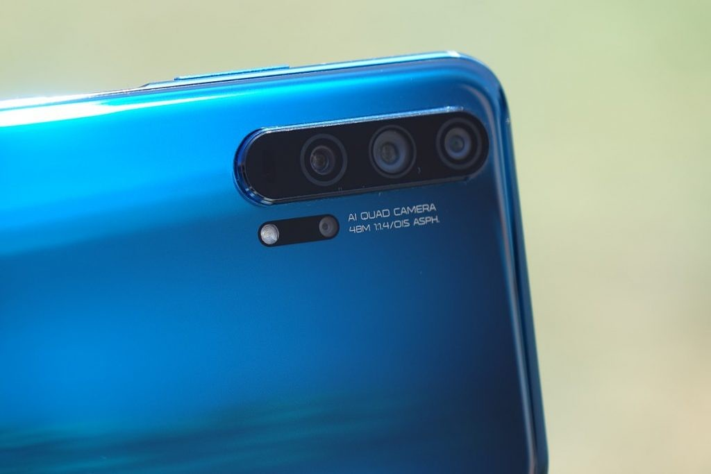 Honor 20 Pro Review - The Best Smartphone That May Never Launch