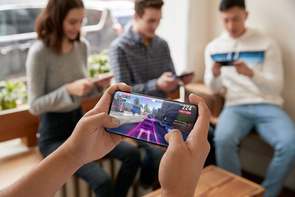 Oneplus 7 Pro Gaming Review The Almost Perfect Gaming Phone