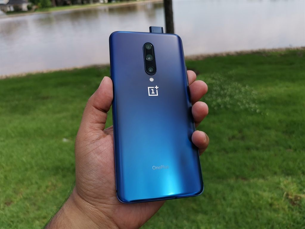 OnePlus 7 Pro Review - This is the Best Smartphone so far in
