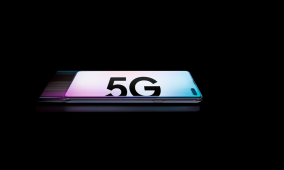 The premium smartphone market declined in Q1 2019, but analysts hope 5G will help it rebound