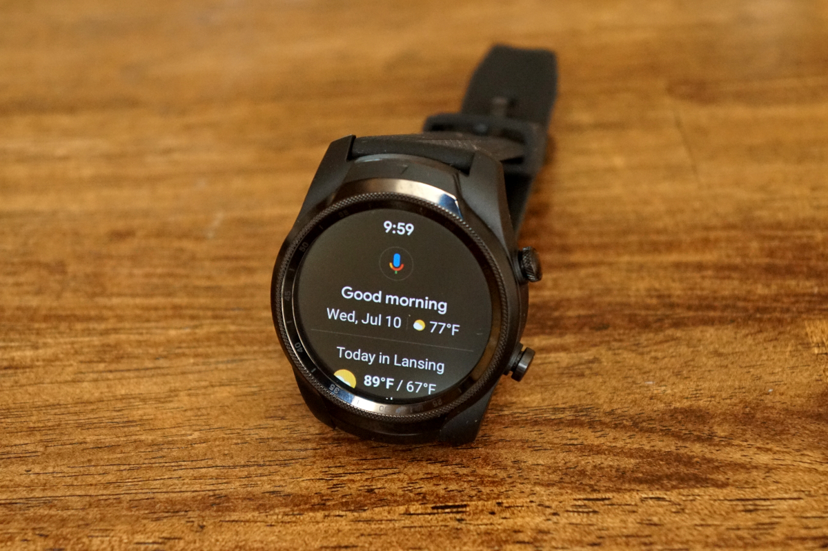TicWatch Pro 4G/LTE First Impressions: Two displays are