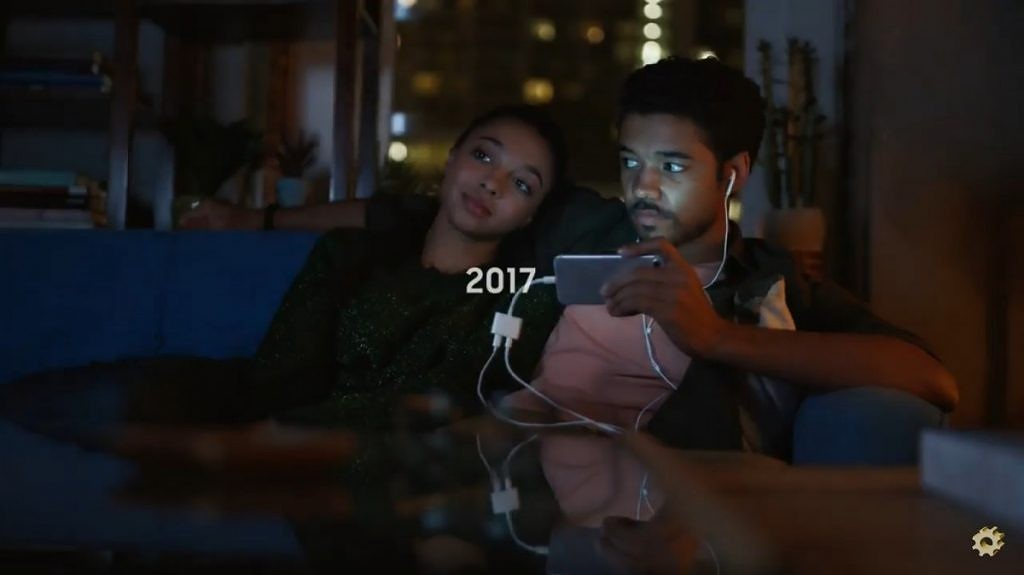 Samsung takes down videos that mocked Apple for removing the headphone jack