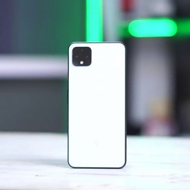 Google Pixel 4 hands-on video confirms Ambient EQ, Screen Attention, Pixel Themes, and Recorder app