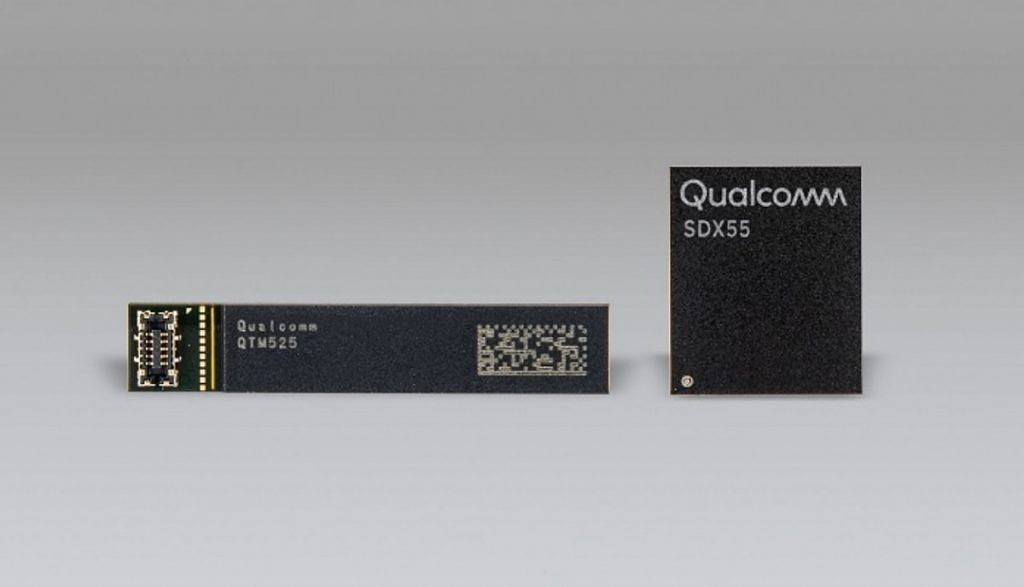 Qualcomm Snapdragon X55 and QTM525 mmWave antenna