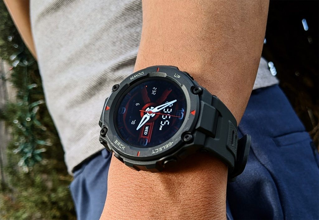 Huami Amazfit T-Rex Review: Durable in Build and Battery