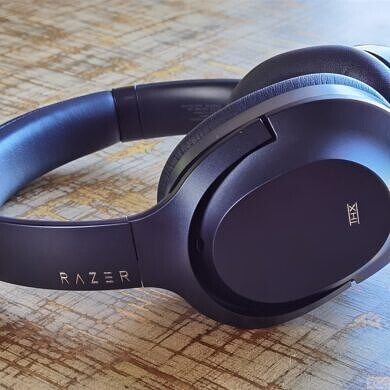 Grab the perfect mid-range noise-canceling headphones, the Razer Opus, for just $150