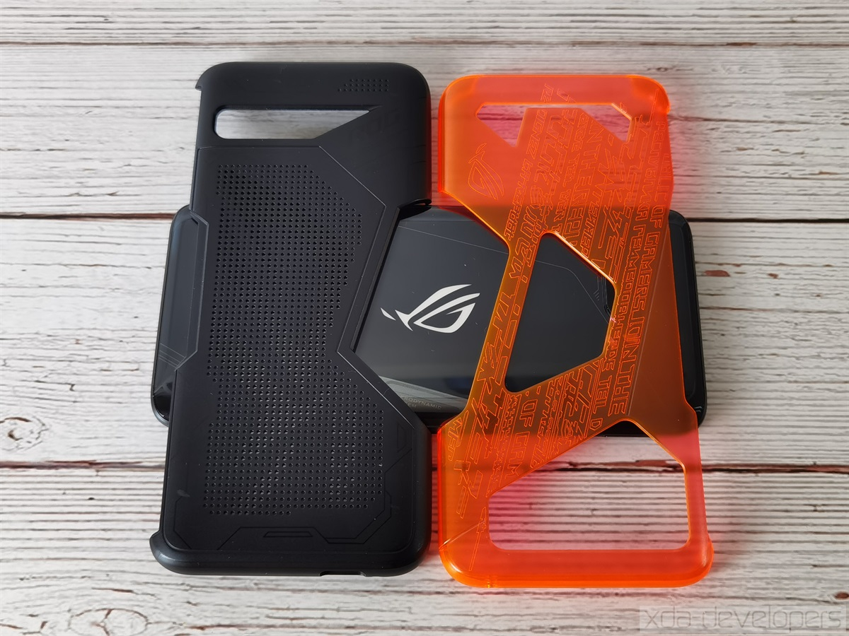 Neon Aero and Lightning Armor cases for the ASUS ROG Phone 3