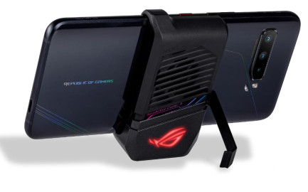 ASUS ROG Phone 3 with AeroActive Cooler 3