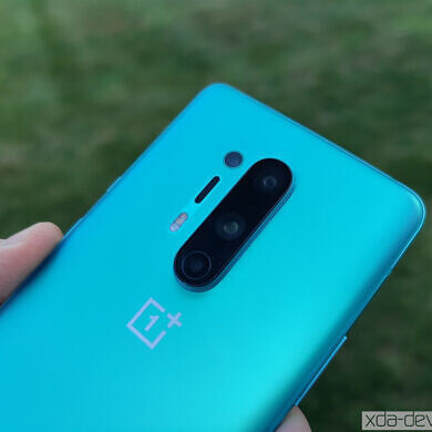 """OxygenOS Open Beta 6 rolls out for the OnePlus 8/8 Pro with new """"Dock"""" dashboard, January 2021 patches, and more"""