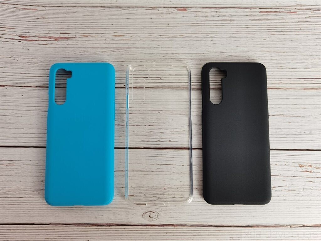 OnePlus Nord Sandstone Bumper and Clear Bumper cases