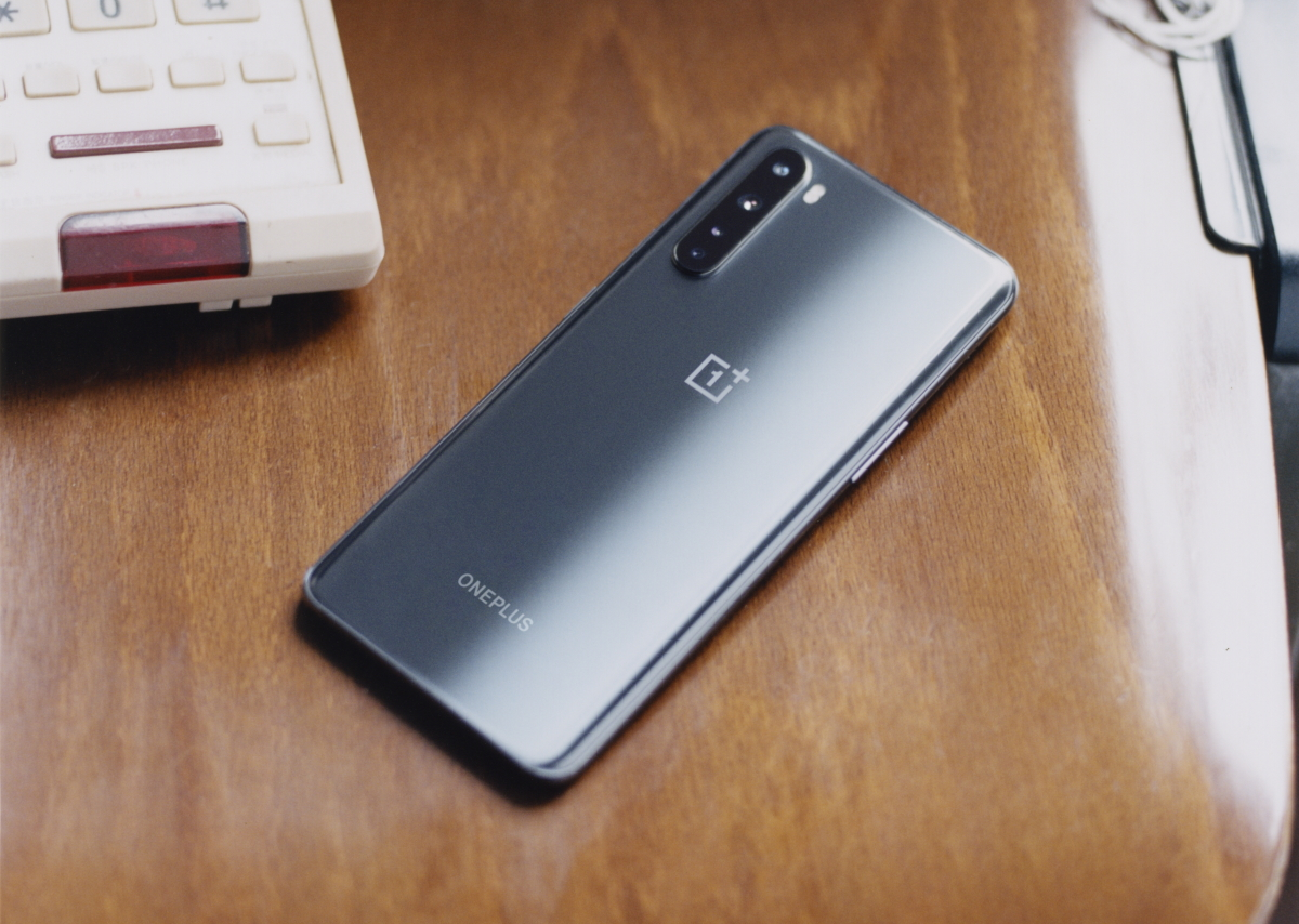 OxygenOS 10.5.4 for the OnePlus Nord enhances low-light selfie and macro camera photos - XDA Developers