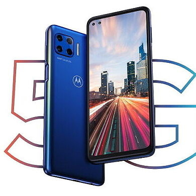 The Motorola One 5G launches in the U.S. on AT&T and Verizon
