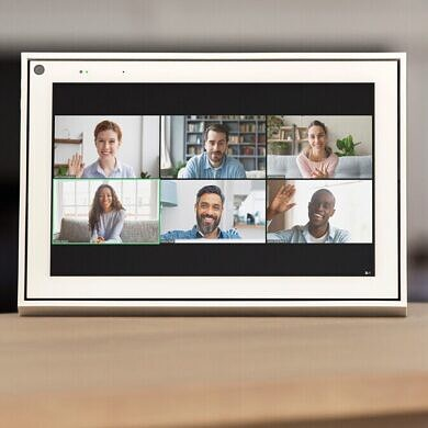 Zoom is coming to Google Nest, Facebook Portal, and Amazon Echo Show smart displays