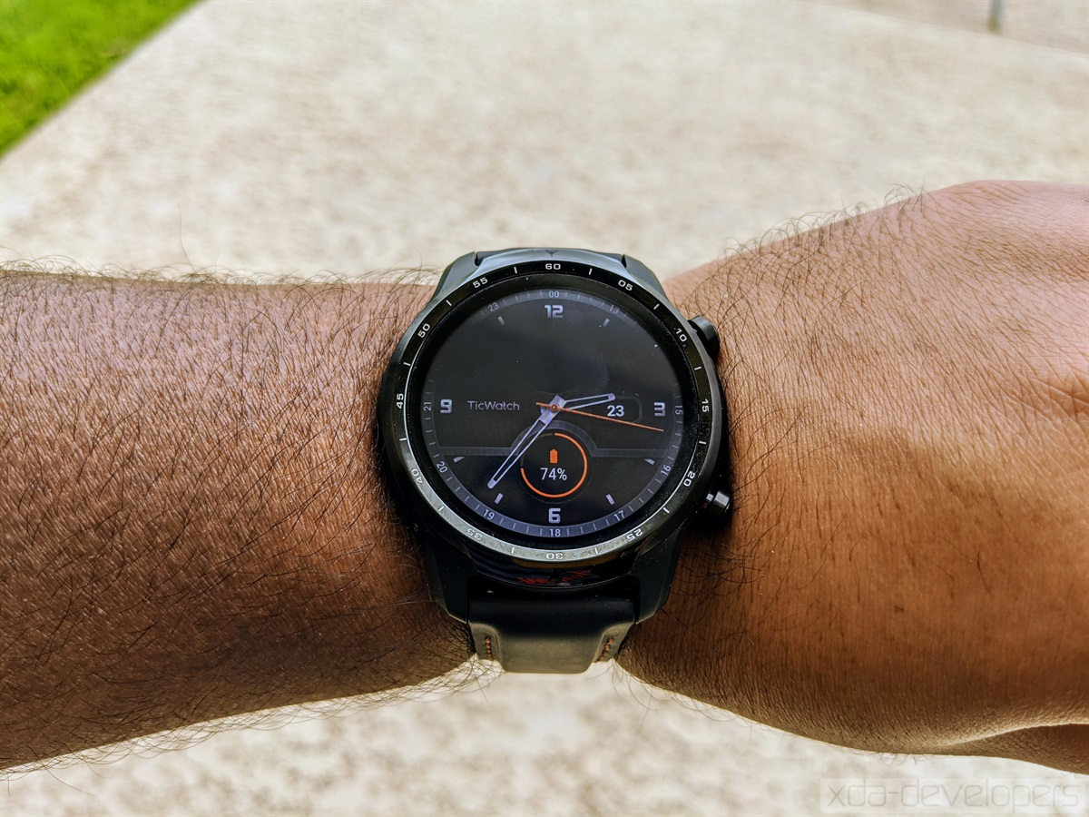 Mobvoi TicWatch Pro 3 Display
