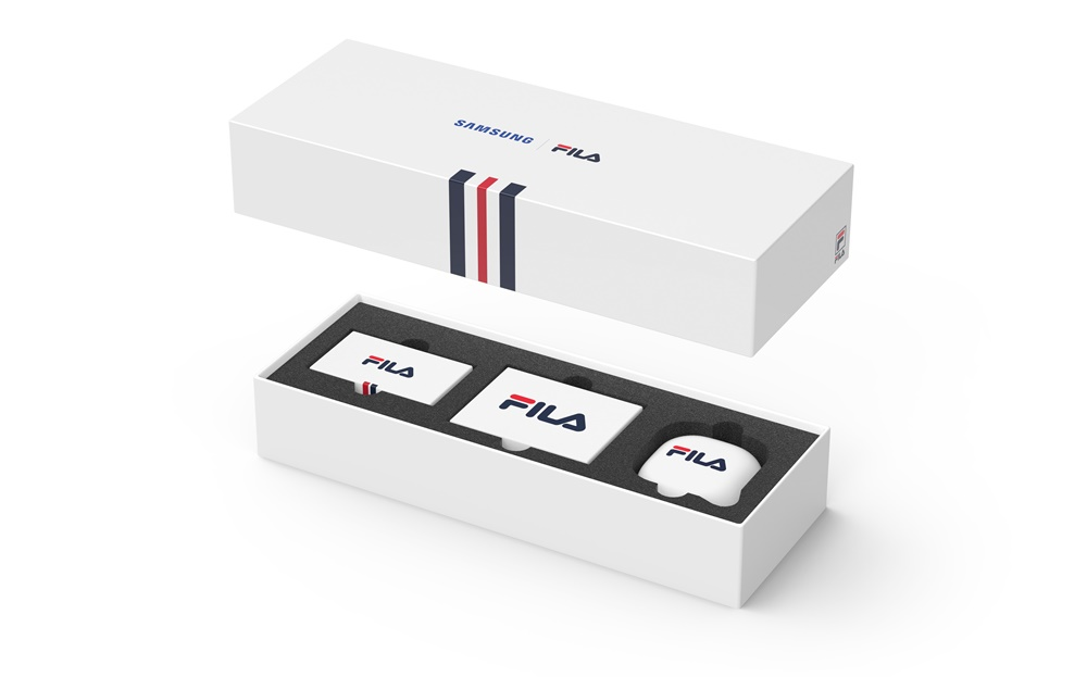 Samsung Galaxy Buds Live Fila accessories package