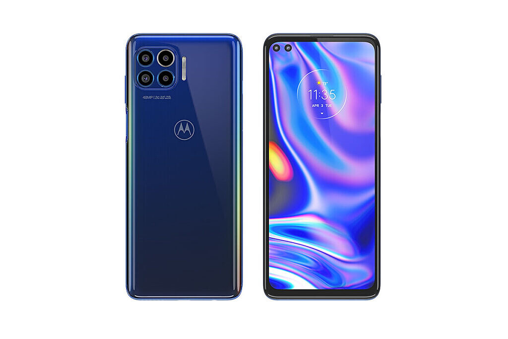 Motorola One 5G front and back