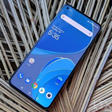OnePlus 8T on T-Mobile finally gets Always On Display with OxygenOS 11.0.4.6 update